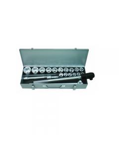 """Maurer Plus cassetta chiavi a bussola 3/4"""" 21 pezzi in acciaio al cromo vanadio satinato. Valigetta in alluminio. 16 bussole esagonali: mm. 19-21-22-23-24-26-27-29-30-32-35-36-38-41-46-50. 1 cricchetto reversibile. 1 maniglia a T. 2 prolunghe: mm 100 - 20"""